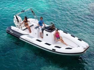 Cayman 23 Sport Touring in Serienausstattung