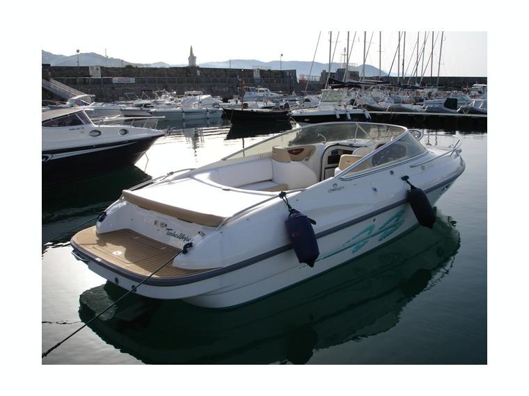 Cranchi turchese 24 plus in pto masuccio salernitano for Barche al largo con cabine