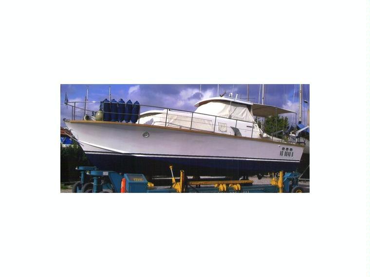 Picchiotti giglio in toscana barche a motore usate 02100 for Cabine di giglio selvatico
