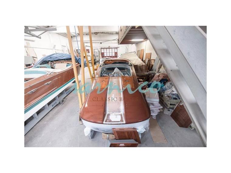 riva aquarama special in lombardia imbarcazioni aperte usate 57505 inautia. Black Bedroom Furniture Sets. Home Design Ideas
