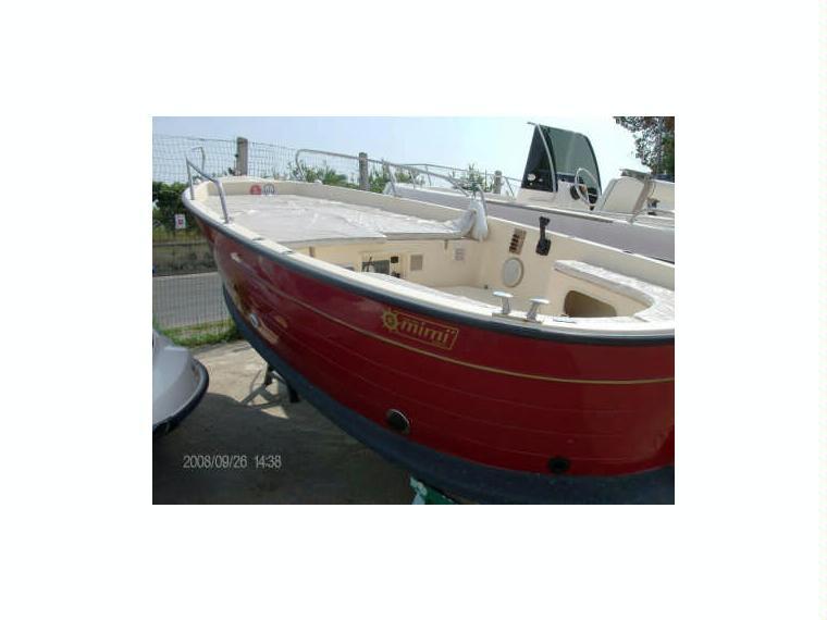 Gozzo mimi maestrale 2005 in m procida barche a motore for Barche al largo con cabine
