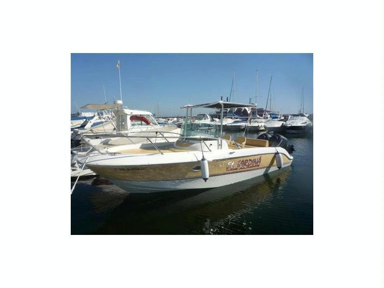 Sessa key largo 26 in almer a barche a motore usate for Barche al largo con cabine