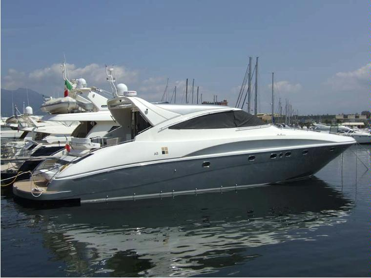 Ab yacht 68 ht in campania barche a motore usate 50535 for Barche al largo con cabine