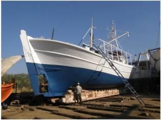 Traditional Greek wooden Boat (Trehandiri)