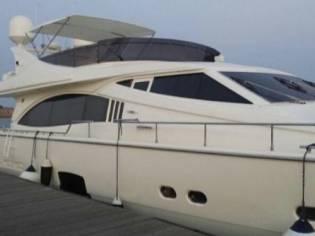 Ferretti Yachts 731