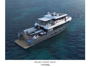 Italian Vessels Enjoy Yacht 93,9