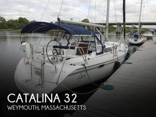 Catalina 320 sloop