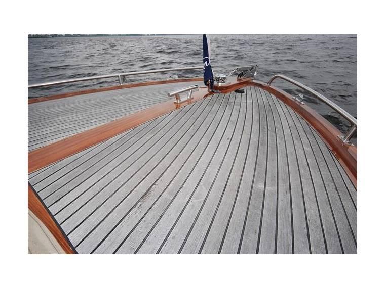 Beaver 23 sport launch in friesland imbarcazioni da for Cabine al torrente beaver