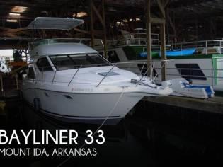 Bayliner 3258 Ciera Command bridge