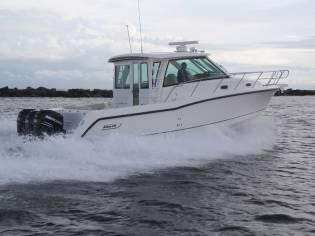 Boston Whaler 345 CONQUEST PILOTHOUSE