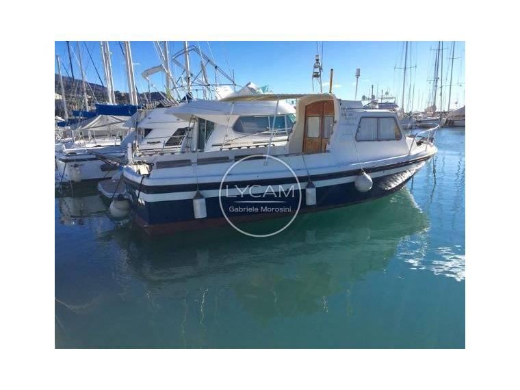 Kappa marine waggonmaster in italia barche a motore for Cabine marine di grandi orsi