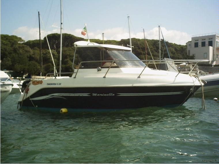 Timoniera marinello 530 in toscana barche a motore usate for Barche al largo con cabine