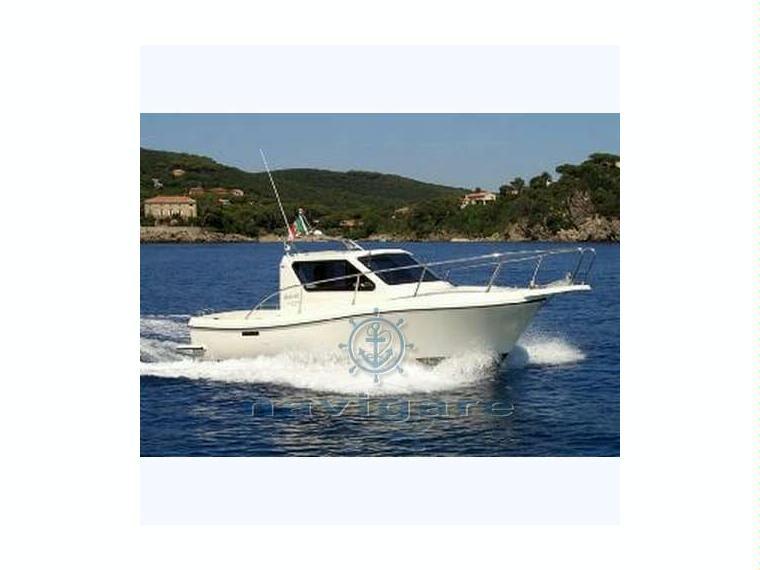 Cantiere nautico spinella giglio 23 in toscana barche for Cabine di giglio selvatico