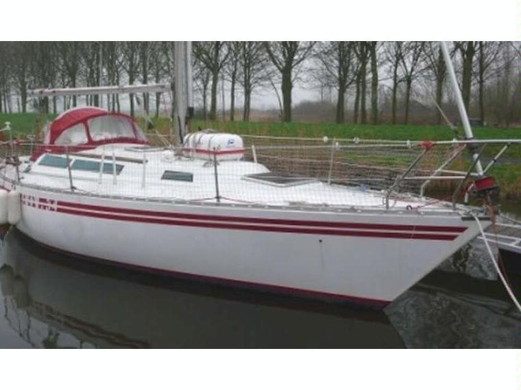 Show 34 in finisterre barche a vela usate 50687 inautia for Accessori barca vela