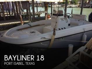 Bayliner Element F-18