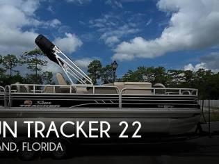 Sun Tracker Fishin Barge 22 DLX