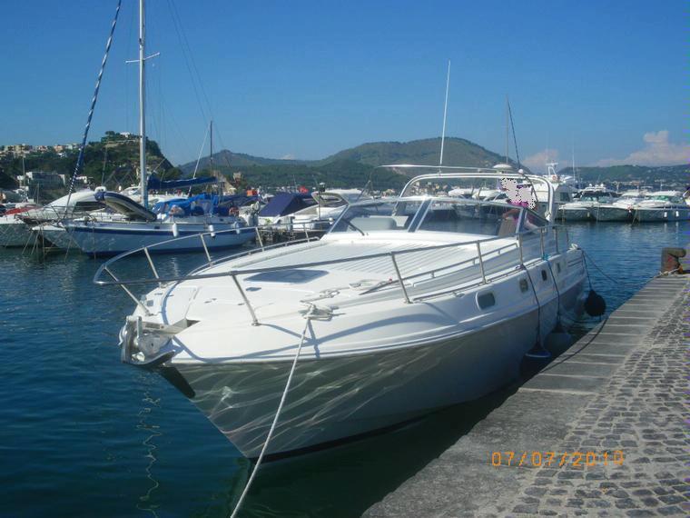 Fiart 36 genius in campania imbarcazioni cabinate usate for Cabine vicino al lago di conroe