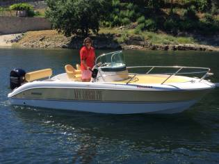 Sessa Marine Key Largo 20 Deck