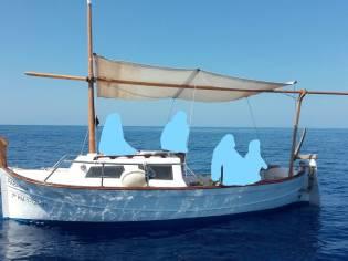 llaut mar blau