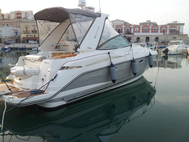 Piu 39 di 8 metri monterey 335 sy in puglia barche a for Barche al largo con cabine