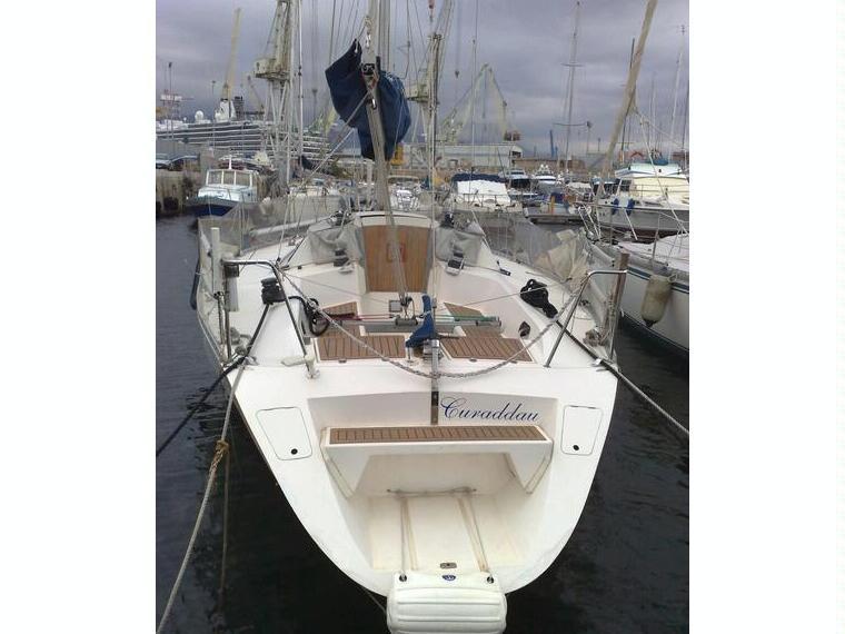 Isola 34 politi in pto palermo acquasanta barche a vela for Cabine dell isola di buggs