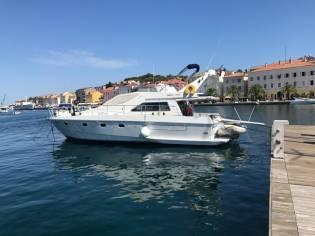 Ferretti 44 Altura EW 1992 Motorboot