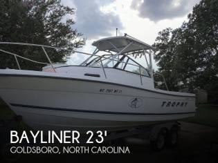 Bayliner Trophy 2352 Offshore