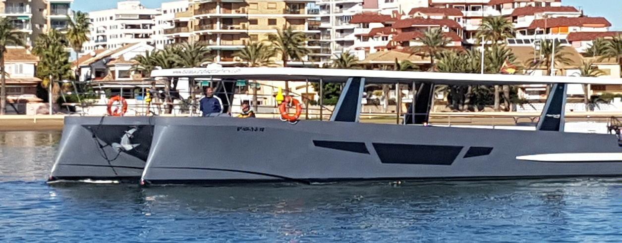 Flash Catamarans Foto 1