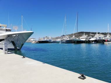 marina-vela-barcelona-31032060200957556767487065694557.jpg Foto 1