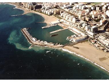 Puerto Dptivo Marina La Bajadilla Málaga
