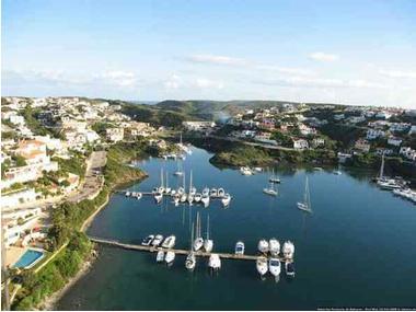 Puerto S'Altra Banda Minorca