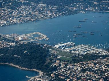 Port Pin Rolland Varo