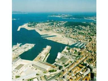 Port de la Seyne sur Mer Varo