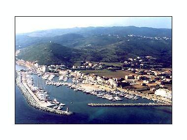 Port de Macinaggio Corsica