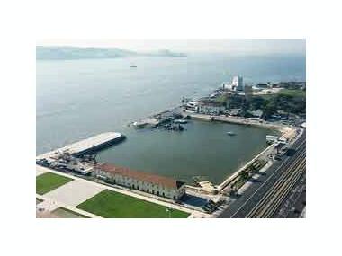 Porto de Lisboa - Doca do Bom Sucesso Lisbona