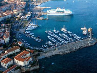 Port de plaisance Tino Rossi Corsica