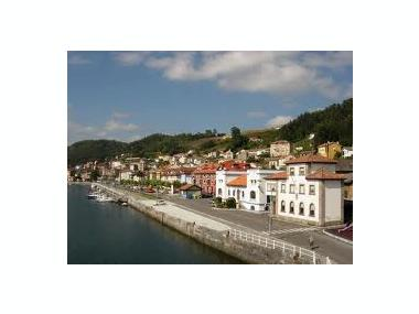 Puerto de San Esteban de Pravia Asturie