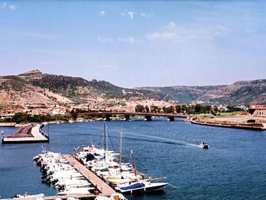 Pto commerciale Bosa Marina Sardegna