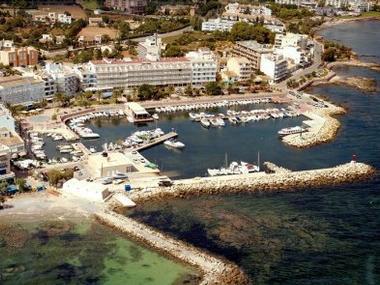 Puerto Deportivo Cala Bona Maiorca