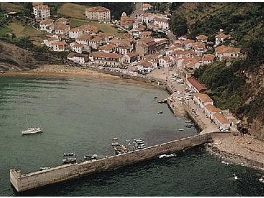 Puerto de Tazones Asturie