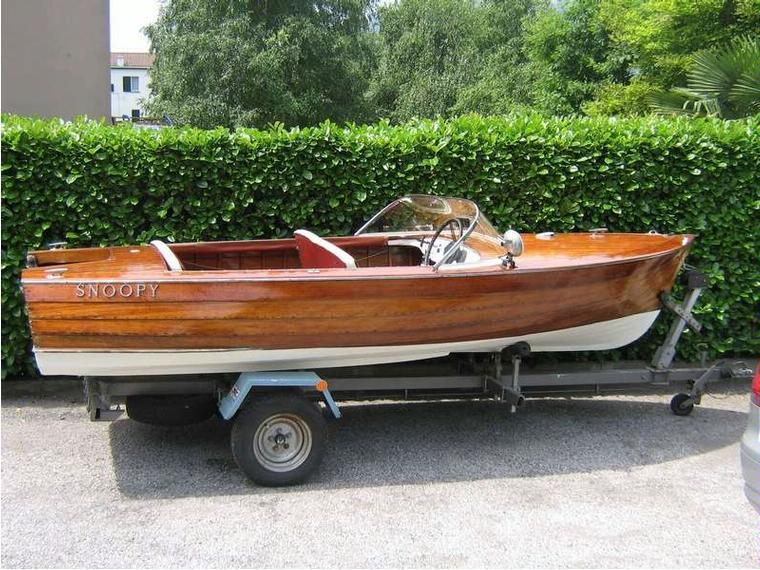 Motoscafo in toscana barche a motore usate 56525 inautia for Seconda mano mobili usati milano