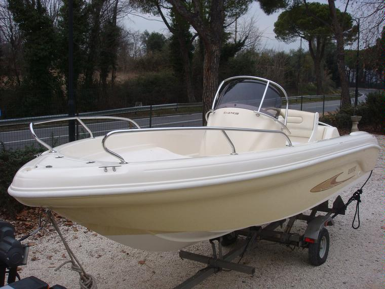 Ranieri shark 19 in lombardia barche a motore usate 66910 for Barche al largo con cabine