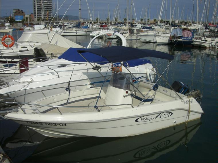 Mimi fisherman in marina badalona barche a motore usate for Barche al largo con cabine